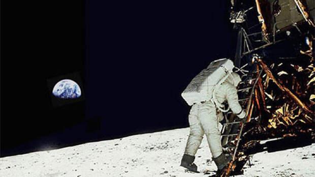 Стали известны новые подробности «постановки» высадки американцев на Луну
