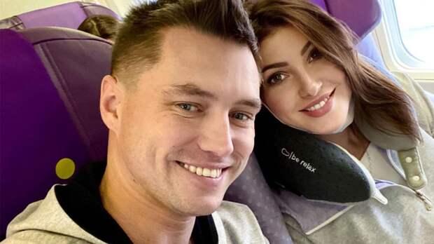 Появилась первая фотография с венчания Макеевой и Малькова