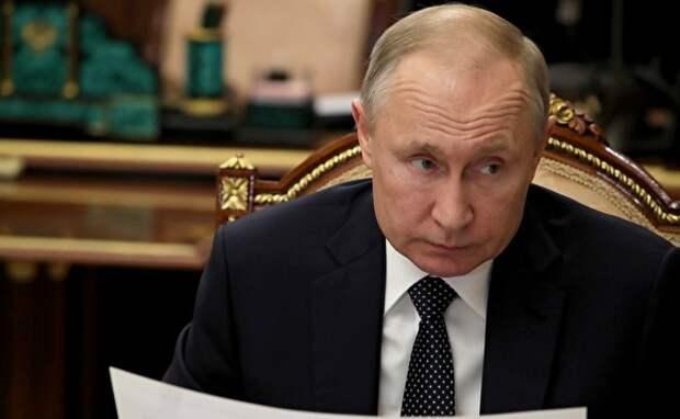 Шнуров раскритиковал Путина за слова о печенегах