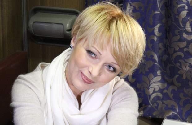 Российские актеры меняют профессию: чем занимались звезды кино в 1990-е.