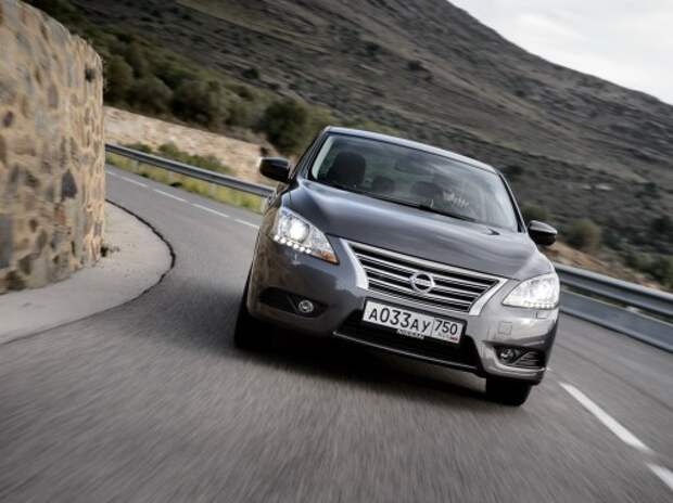 Дилеры Nissan 17 ноября начали продажи нового седана Sentra