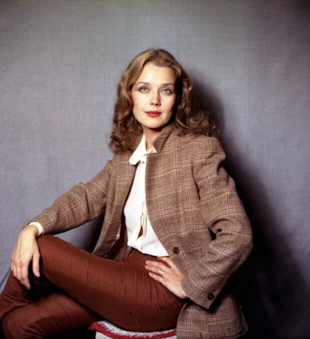 Фотографии из личного архива Ирины Алферовой - одной из самых красивых актрис отечественного кино