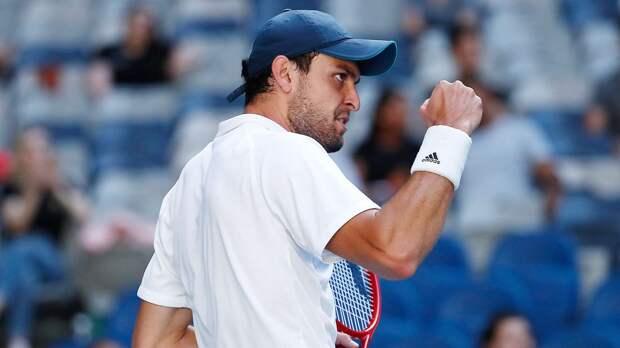 Российский теннисист сотворил сенсацию на Australian Open и стал героем мема