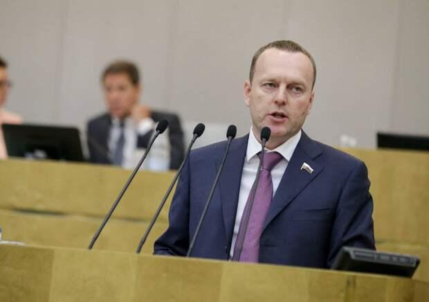 Пиарившийся в Керчи депутат обвинил Байдена в войне