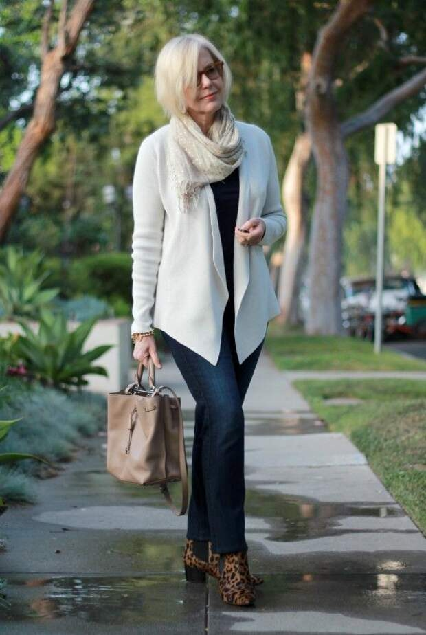 8 советов от стилистов, как оставаться модной после 50 лет