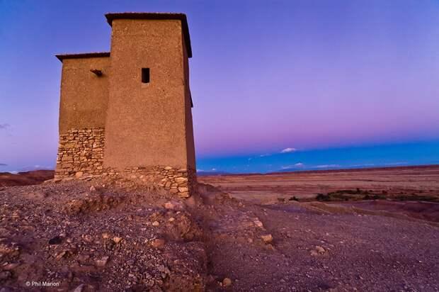 lonelyhouses28 Потрясающие дома, построенные вдали от цивилизации
