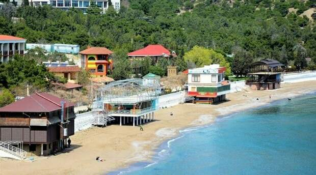 Власти Крыма надеются на скорое принятие закона о легализации малых средств размещения