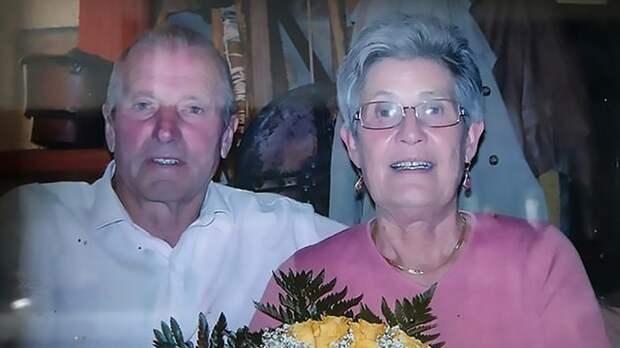 Прожившие в браке 63 года итальянцы умерли от COVID-19 в один день