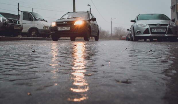 Свердловские дорожные службы усилят режим работы из-за гололедицы