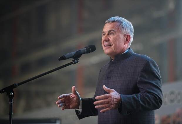В аппарате Минниханова разъяснили отказ властей отменить должность президента республики