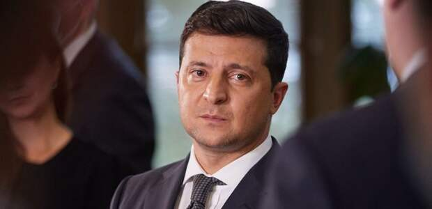 Тайна «плана Б»: Зеленский в течение года водил украинскую общественность за нос