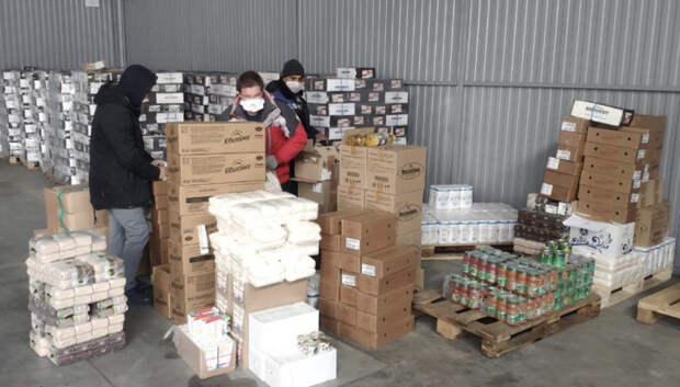 В Подмосковье производители отправят 1,5 тыс продуктовых наборов для врачей с Covid‑2019