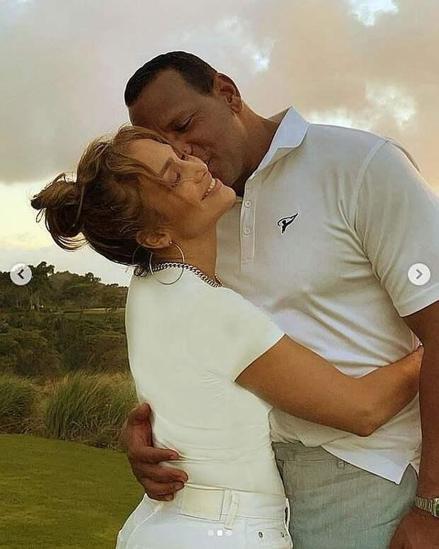 И все-таки расстались: Дженнифер Лопес объявила, что расторгла помолвку с женихом