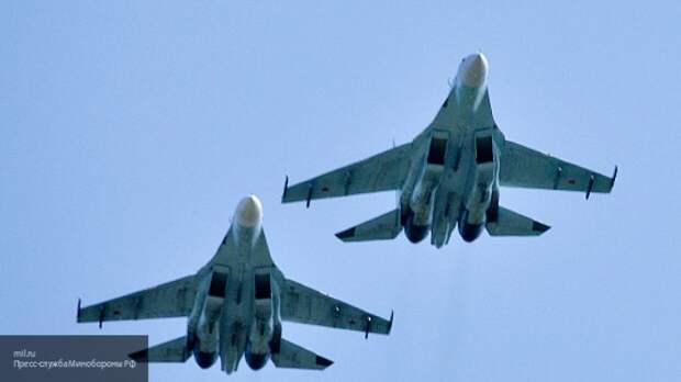 Российский Су-27 подняли в небо на перехват британского самолета-разведчика