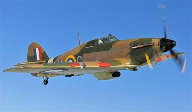 Истребитель Hawker Hurricane.   Фото: VilingStore.