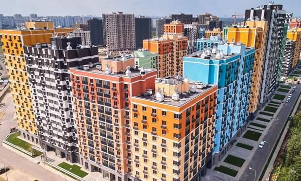 Пятова: в столичном ЖК «Лучи» дольщикам опять выдают ключи от квартир