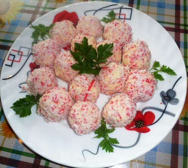 Крабовые шарики с яйцом и сыром