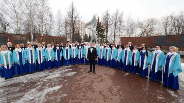 Хоровая капелла исполнила на удмуртском языке песню военных лет в рамках акции «Наш День Победы»