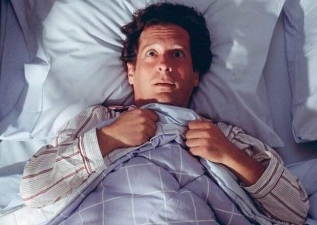 Внезапное пробуждение ночью: нормально или опасно? Объясняет врач
