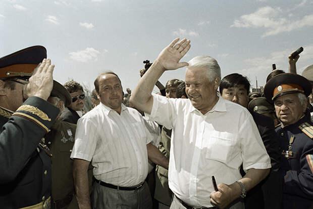 «Ельцин дал свободу России, как США Ираку».  Юрий Болдырев о коррупции в 90-е годы
