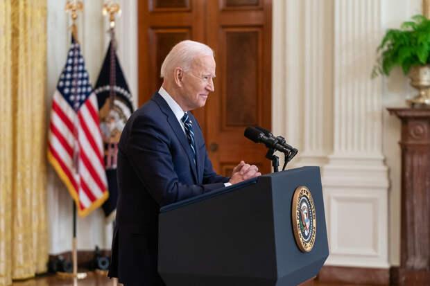 Опрос показал отношение американцев к президентству Байдена