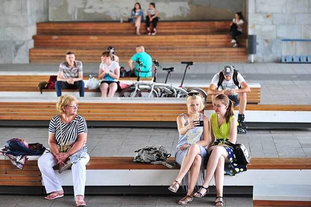 «Оранжевый» уровень погодной опасности из-за жары продлили в Москве до 25 июня