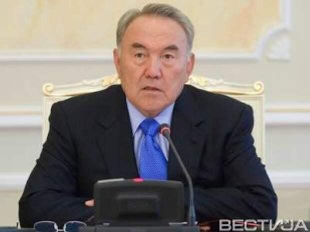Порошенко поблагодарил Назарбаева за поддержку