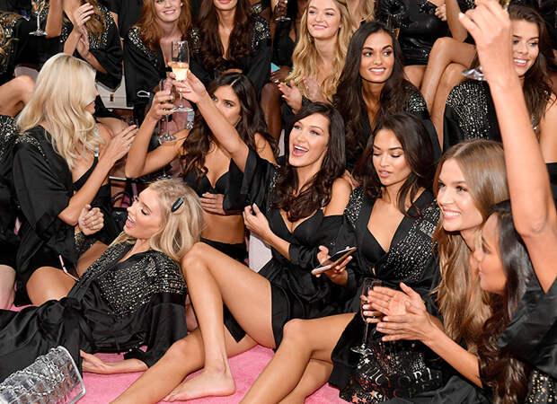 Шоу Victoria's Secret 2019 официально отменено: реакция моделей