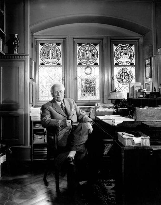 Carl Jung by Yousuf Karsh