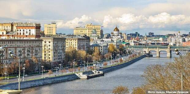 Более 50 «безмасочников» выявили 30 октября в торговых центрах ЮВАО. Фото: М. Денисов mos.ru