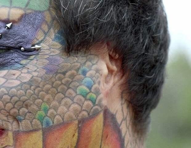Все тело американки покрывают татуировки, имитирующие чешую transgender, дракон, модификация, мужчина, перевоплощение, рептилия, сша, фото