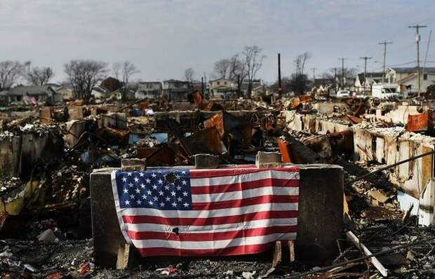 Падение США — о пяти волнах нынешнего суперкризиса. Александр Роджерс
