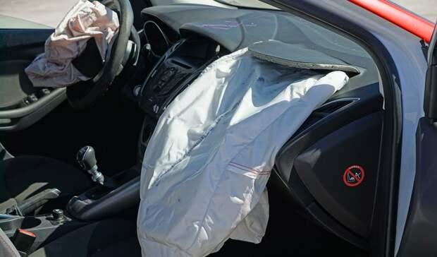Три человека погибли ваварии снеопытным водителем вРостовской области