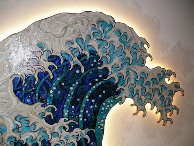 Мозаичное панно Волна Хокусая в интерьере бассейна 5