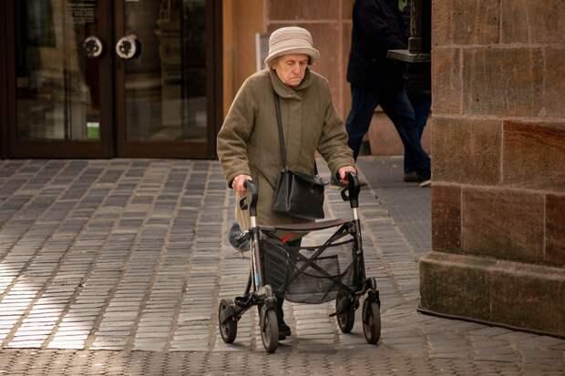 На сколько увеличатся пенсии россиян в следующем году
