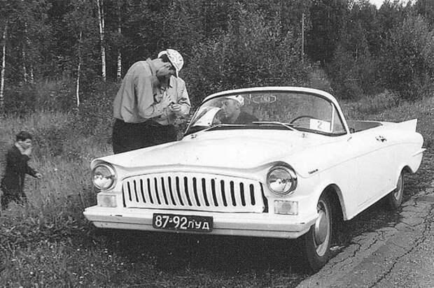 Автомобиль Николая Парафенко — «Турист». Построен на шасси ГАЗ-21. СССР, автомобили, советская техника, советские машины