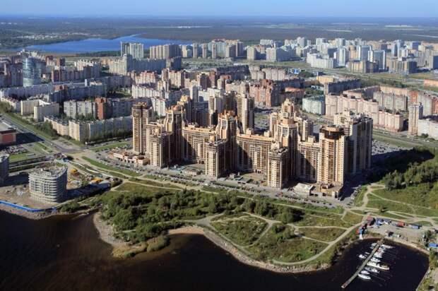 Фантомные ямы на дорогах Приморского района Петербурга – реальность или фотошоп?