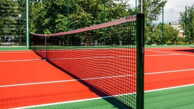 Четыре теннисных корта модернизируют в пойме реки Чермянки