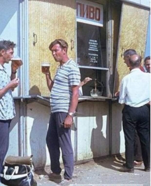 У мужчин в СССР были занятия, к которым не допускались жены