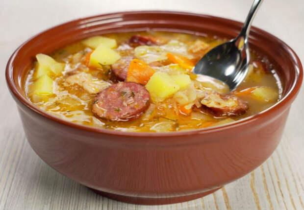Суп и второе в одной тарелке: капустняк из Польши