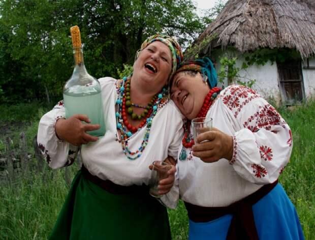 Автор нового большого герба Украины присоветской власти рисовал «продажных бандеровцев» (ФОТО)