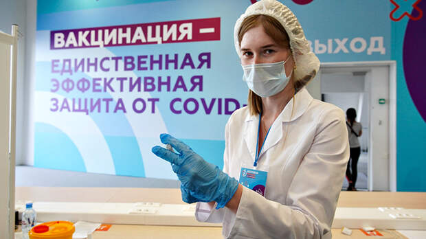 """Вирус убивает, но..."": даже 100%-я вакцинация от коронавируса не спасёт Россию"