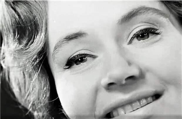 Нина Дорда: вспоминаем красивые песни любимицы советской эстрады