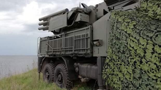 Зенитные расчеты ЮВО провели военные учения ПВО в Черном море