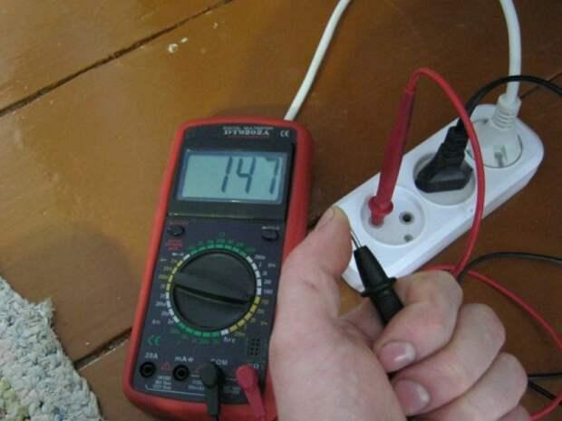 Важно знать причину по которой горит индикатор на нулевом проводе