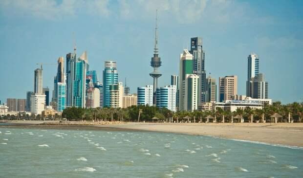 Цена нефти может лишить госслужащих Кувейта зарплаты