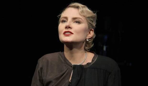 «Нам нужна она живая»: Литвинова прокомментировала состояние занемогшей Земфиры
