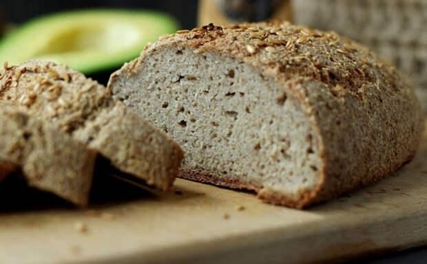 Печем хлеб из гречки и воды: не используем муку и дрожжи