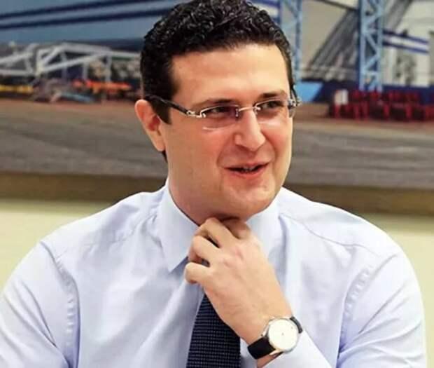 Юсуфов младший (фото взято из яндекс картинок)