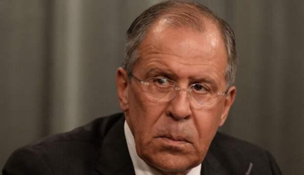 Хамство журналиста «Би-би-си» заставило Лаврова замереть с «окаменевшим» лицом